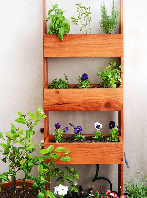 Jardines verticales con palets for Jardin vertical casero palet