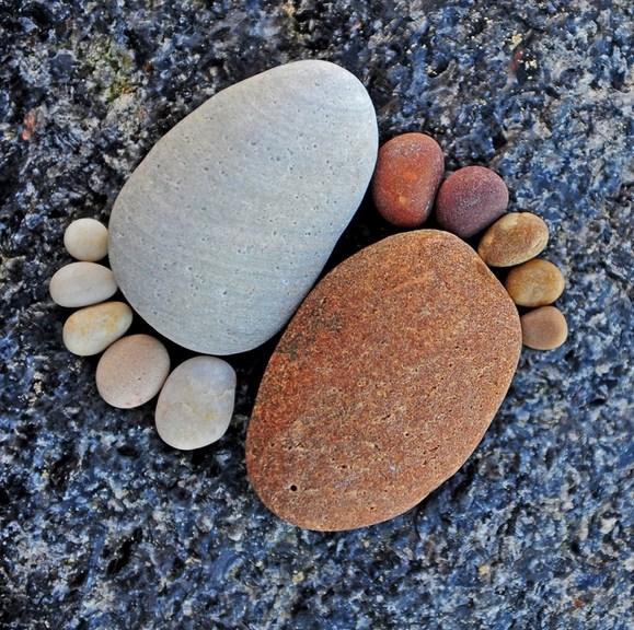 Fotos de huellas de piedra