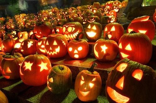 Imagenes de calabazas con velas en su interior para Halloween