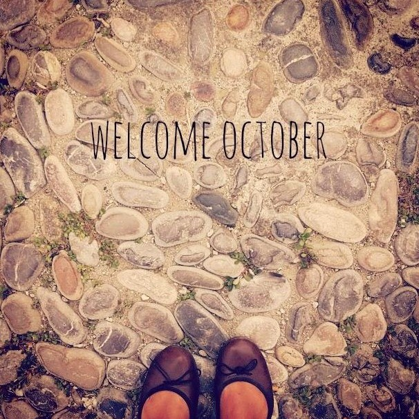 Postales Welcome October
