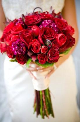 Ramos de novia de flores rojas