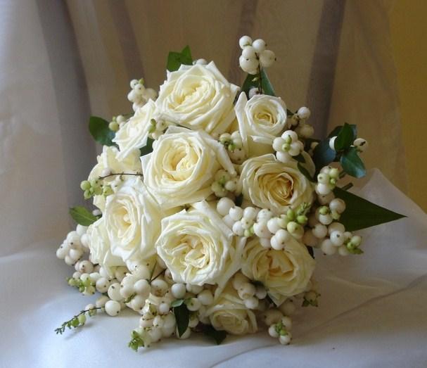 Ramos de novia de rosas blancas