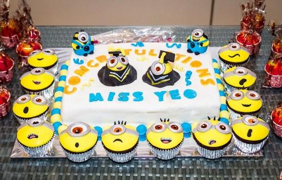 Torta egresados Minions