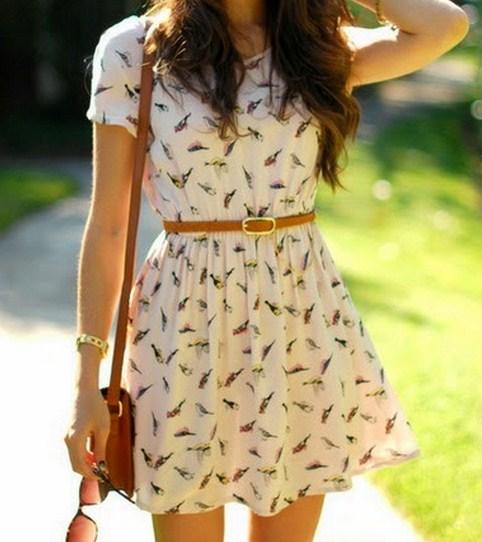 Vestidos casuales cortos floreados con mangas