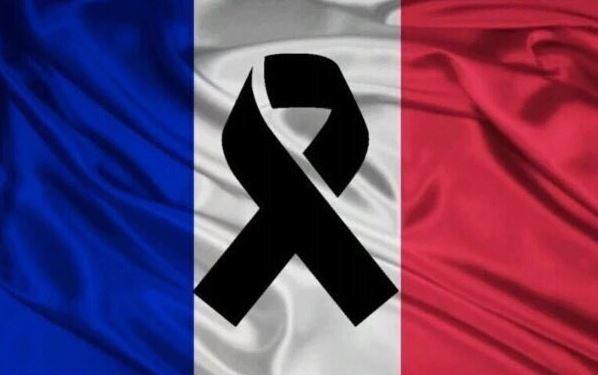 imagenes Francia de luto